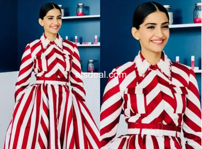 Sonam Kapoor Christmas Dress Hottest look